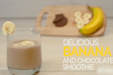 Banana And Chocolate Smoothie!