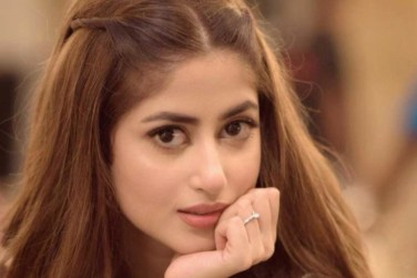 Beautiful Latest Clicks of Gorgeous Sajal Aly!
