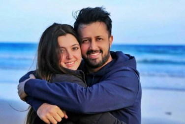 Beautiful Latest Pictures of Atif Aslam With His Wife Sara!