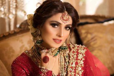 Latest Beautiful Bridal Photo Shoot of Actress Ayeza Khan!